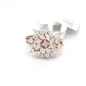 Lovely Cocktail Ring in Diamond For Women